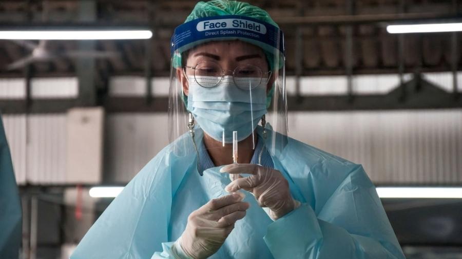Pague Menos vai vacinar grupos prioritários contra covid-19 em duas unidades de SP - SOPA Images/Colaborador Getty Images