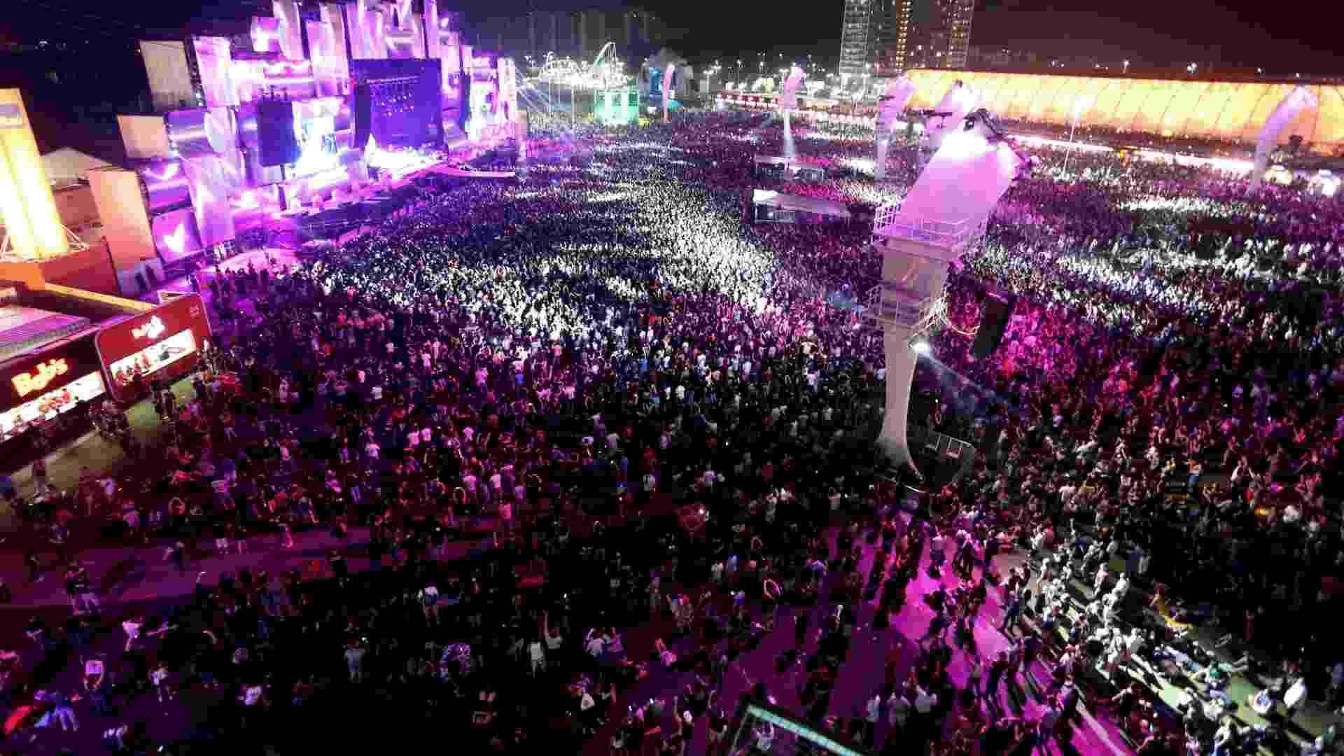 25.set.2015 - Público durante o show do Faith no More, no quinto dia do Rock in Rio 2015 - Fernando Maia/UOL