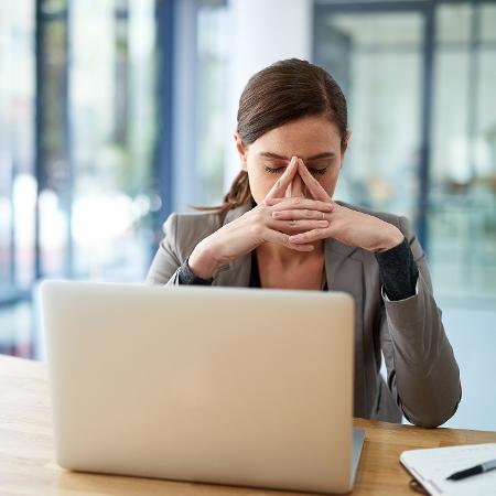 Aos 35, a pressão familiar e o aumento da responsabilidade financeira resultam em problemas no trabalho e em casa - Getty Images