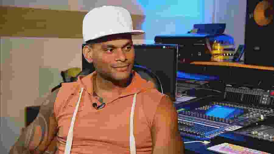 """Ao programa """"Gugu"""", Tony Salles conta que entrou em desespero ao saber que iria ser operado  - Reprodução/TV Record"""
