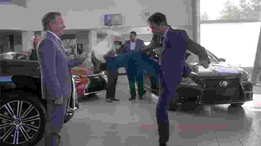 Daniel LaRusso mostra que não esqueceu o caratê em trailer de Cobra Kai - Reprodução