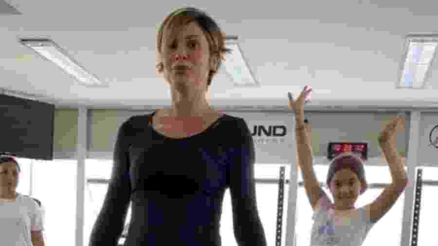 Muito fofas: Flávia Alessandra treina com filha Olívia dançando ao lado - Reprodução/ Instagram
