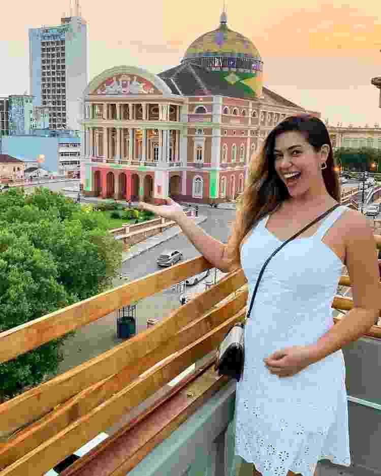 Vivian, no Teatro Amazonas: orgulho do estado e gravidez - Reprodução - Reprodução