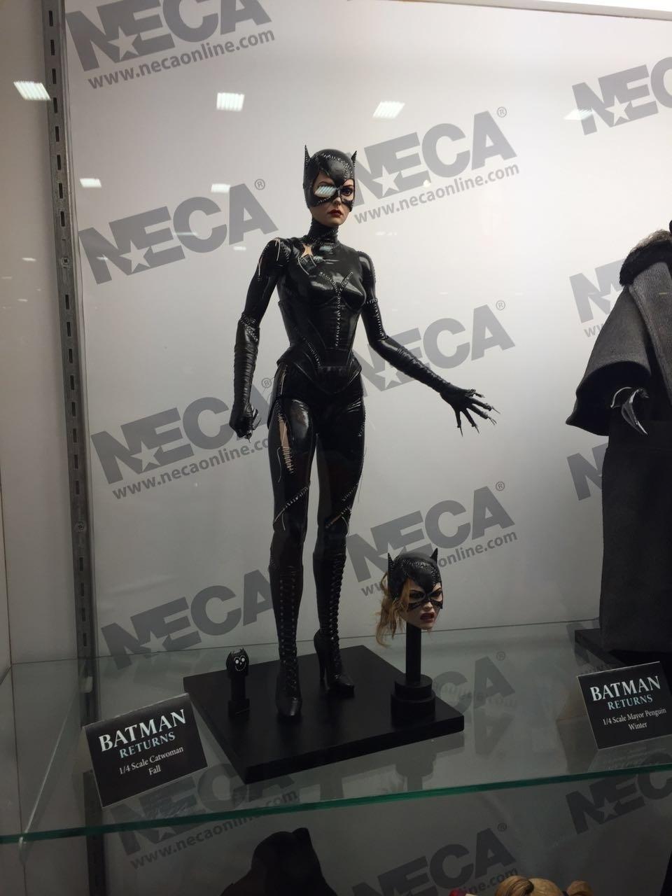 A Mulher Gato interpretada por Michelle Pfeiffer foi transformada em um action figure na San Diego Comic-Con 2016
