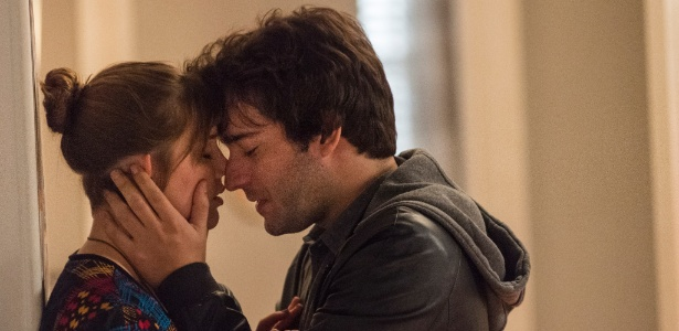 """Tiago (Humberto Carrão) e Isabela (Alice Wegmann) em """"A Lei do Amor"""" - Maurício Fidalgo/Divulgação/TV Globo"""