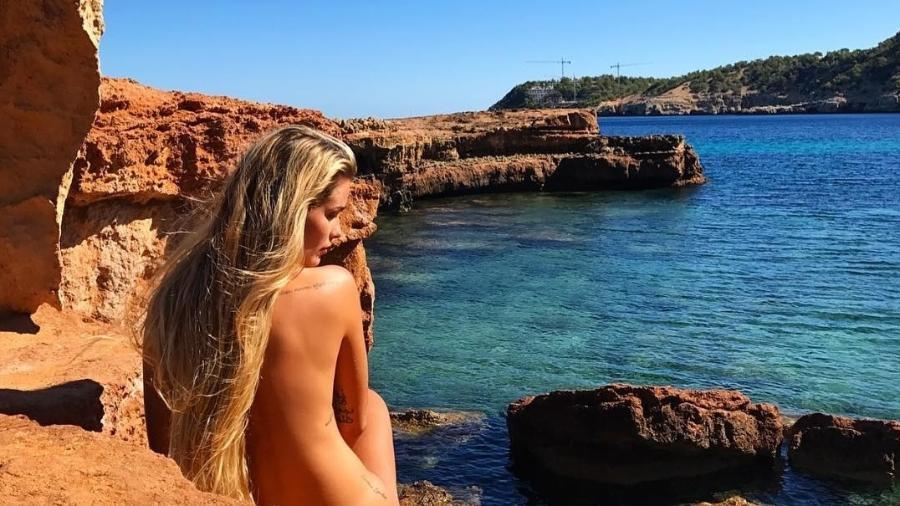 Yasmin Brunet posa nua - Reprodução/Instagram