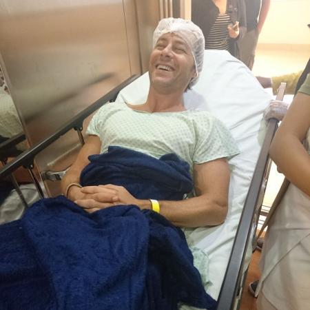 Theo Becker em hospital do Rio antes da cirurgia - MF Press Global