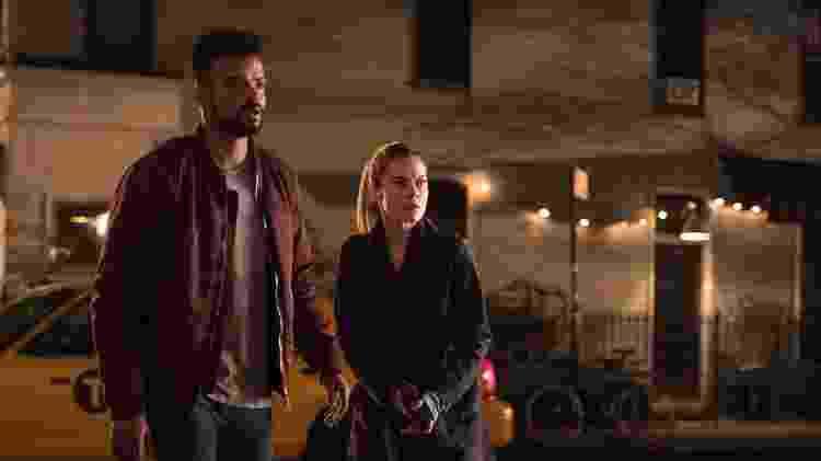 """Malcom (Eka Darville) e Trish (Rachael Taylor) em cena da segunda temporada de """"Jessica Jones"""" - Divulgação/Netflix - Divulgação/Netflix"""