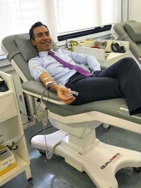 Cesar Tralli doa sangue - Reprodução/Instagram