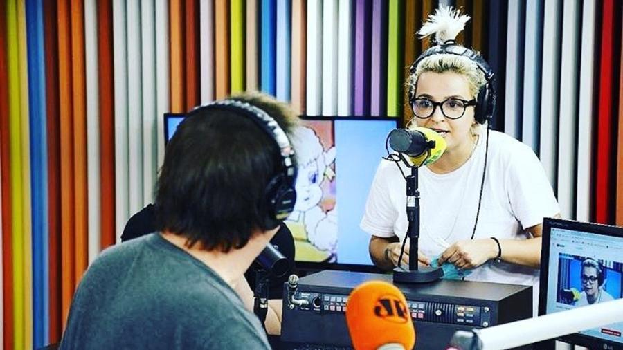 """Amanda Ramalho pediu demissão do programa """"Pânico"""" - Reprodução/Instagram/amandaramalho"""