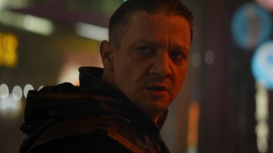 """Jeremy Renner no trailer de """"Vingadores: Ultimato"""" - Reprodução/YouTube"""