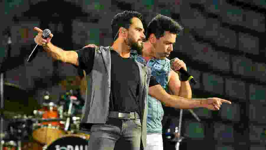 Zezé Di Camargo e Luciano se apresentam no Festival Virada Salvador 2019 - João Alvarez/UOL