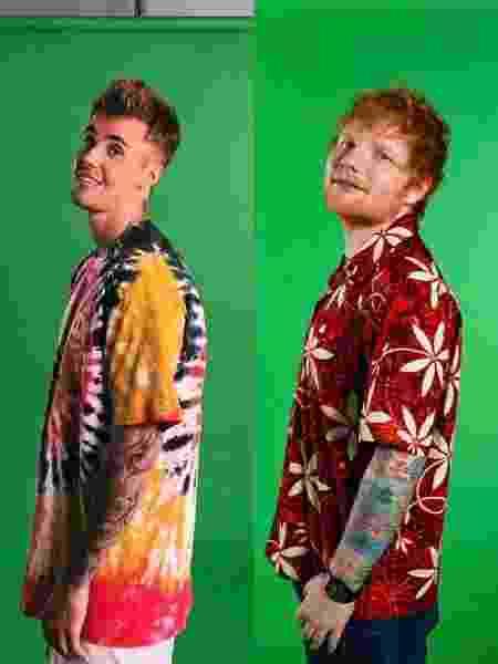 Justin Bieber e Ed Sheeran posam na frente de tela verde - Reprodução/Twitter