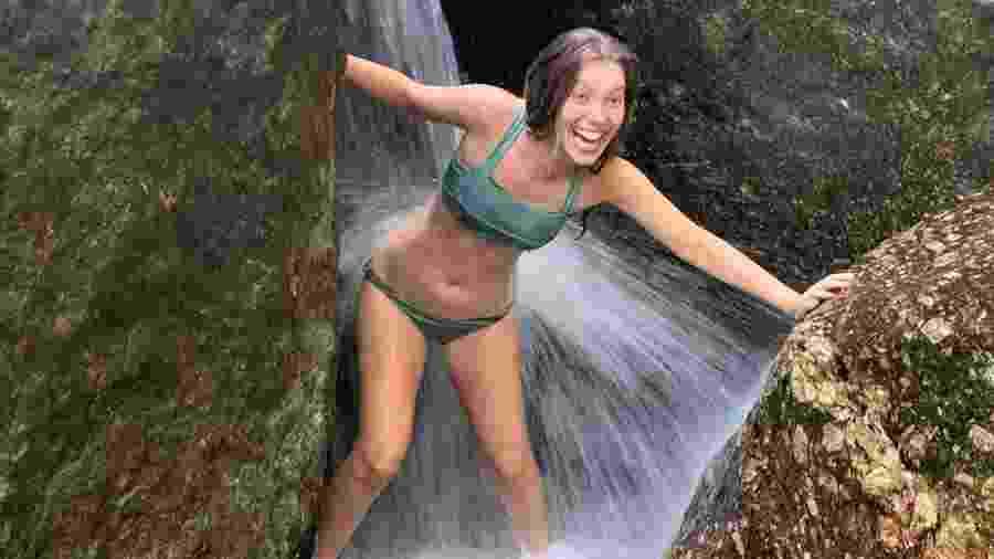 Nathália Dill quase perde biquíni na cachoeira - Reprodução/Instagram