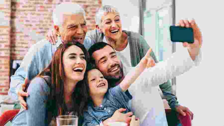 Vida amorosa dos pais influencia relação dos filhos - filadendron/Getty Images