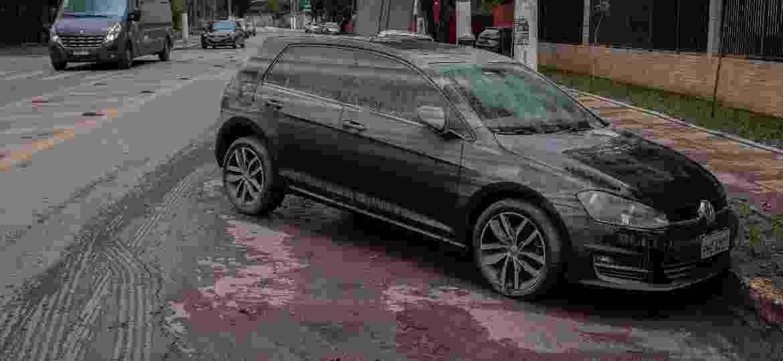 Troca de peças e higienização podem salvar carro alagado, mas nem sempre é assim - Eduardo Anizelli/Folhapress