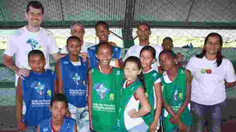 Crianças atendidas pelo Instituto Esporte e Educação, de Ana Moser - Divulgação - Divulgação