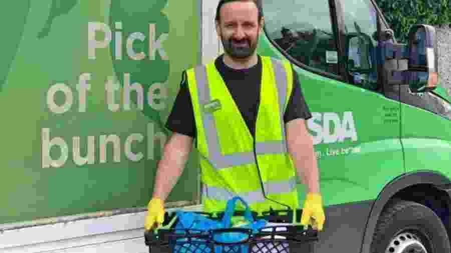 Michael Condron tem feito entregas para uma das maiores redes de supermercados do Reino Unido - Divulgação/Asda