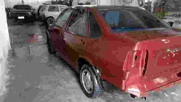 Fiat Tempra safety car durante a restauração, realizada em Itabuna, na Bahia, e que levou 35 dias - Arquivo pessoal - Arquivo pessoal