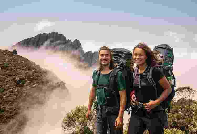 O casal durante uma de suas viagens com longas trilhas - Arquivo Pessoal - Arquivo Pessoal