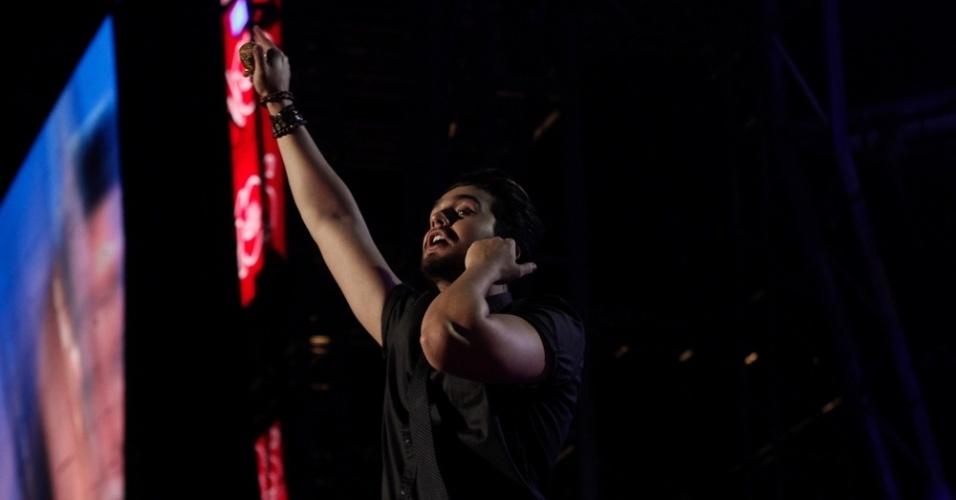 31.out.2015 - Luan Santana se apresenta no festival Caldas Country Show, em Caldas Novas, Goiás
