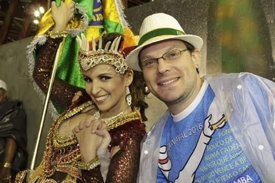 05.01.2016 - Ronny Potolski e sua mulher, a porta-bandeira Thais Paraguassu, da Unidos do Peruche. Ele é um dos compositores do samba-enredo da agremiação no Carnaval 2016