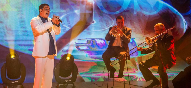 """O """"Fantástico"""" recebe Zeca Pagodinho para fazer uma releitura da música ?Carinhoso?, uma das obras mais importantes da música popular brasileira - Paulo Belote/Divulgação/TV Globo"""