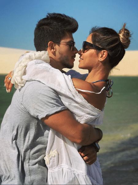 Arthur Aguiar e Mayra Cardi ficam noivos - Reprodução/Instagram/arthuraguiar