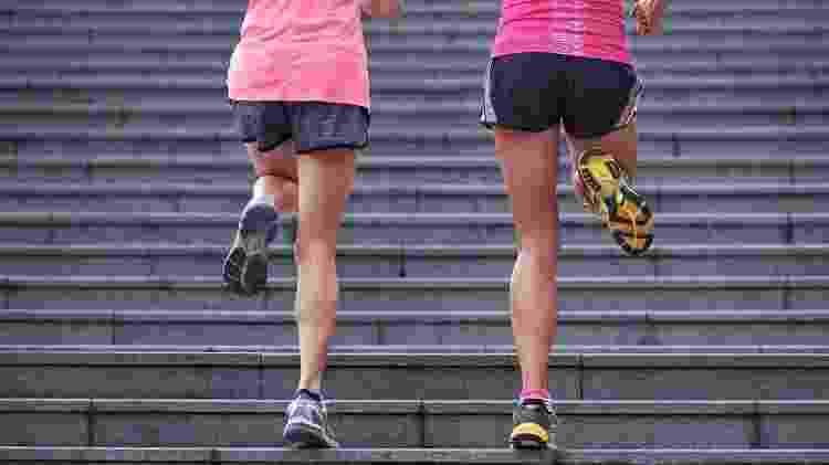 treino na escada, corrida - iStock - iStock