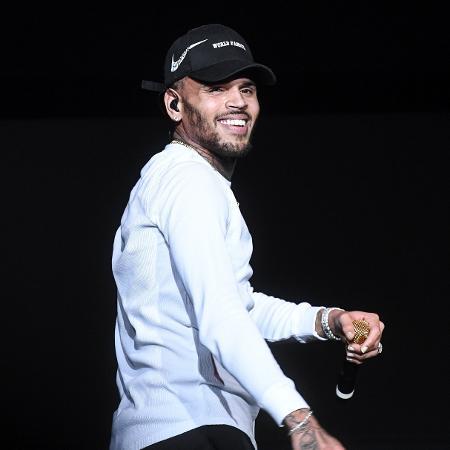 Chris Brown é acusado de estupro  - Paras Griffin/Getty Images