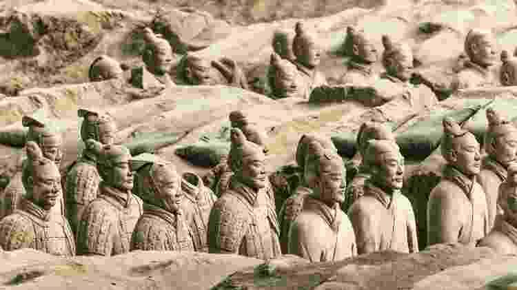 Exército de guerreiros de terracota em Xian, China - iStock - iStock