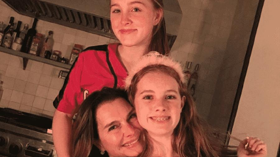 A atriz Brooke Shields e suas filhas Rowan e Grier - Reprodução/Instagram
