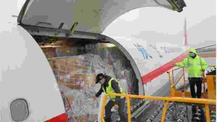 IATA diz que vacina contra covid-19 seria o maior desafio enfrentado pelo setor de transportes - Getty Images