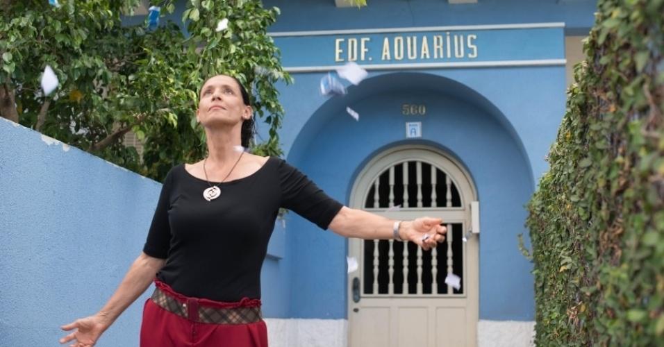 """Cena do filme brasileiro """"Aquarius"""", dirigido por Kleber Mendonça Filho, com Sonia Braga no elenco"""