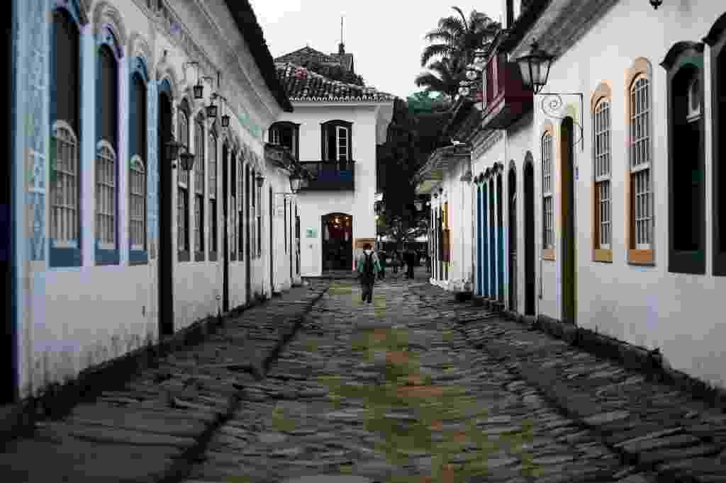 28.jun.2016 - Ruas históricas da cidade de Paraty, interior do Rio, sede da Festa Literária Internacional de Paraty (Flip) - Bruno Poletti/Folhapress