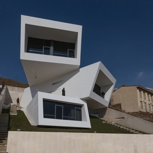 Casa Mosha