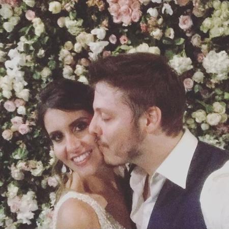 Nataly Mega e Fábio Porchat em foto do casamento deles no MAM do Rio de Janeiro - Reprodução/Instagram