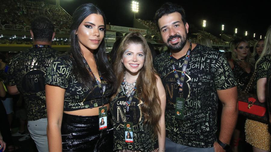 Maria Vitória Salomão, Nádia Yusuf e Lelo Freitas, frequentadores do Camarote CarnaUOL RJ/N1 - Zulmair Rocha/UOL