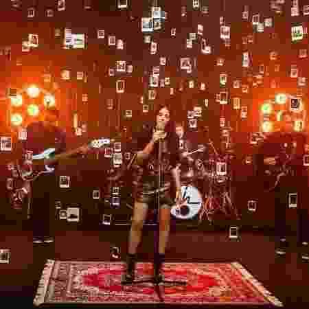 Maite Perroni canta com Roupa Nova versão da música do espanhol Melendi - Divulgação