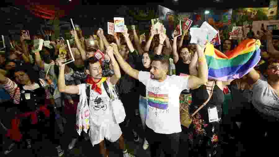 7.set.2019 - Manifestantes lotaram a Bienal do Rio em protesto contra o prefeito Marcelo Crivella - Marcelo de Jesus/UOL