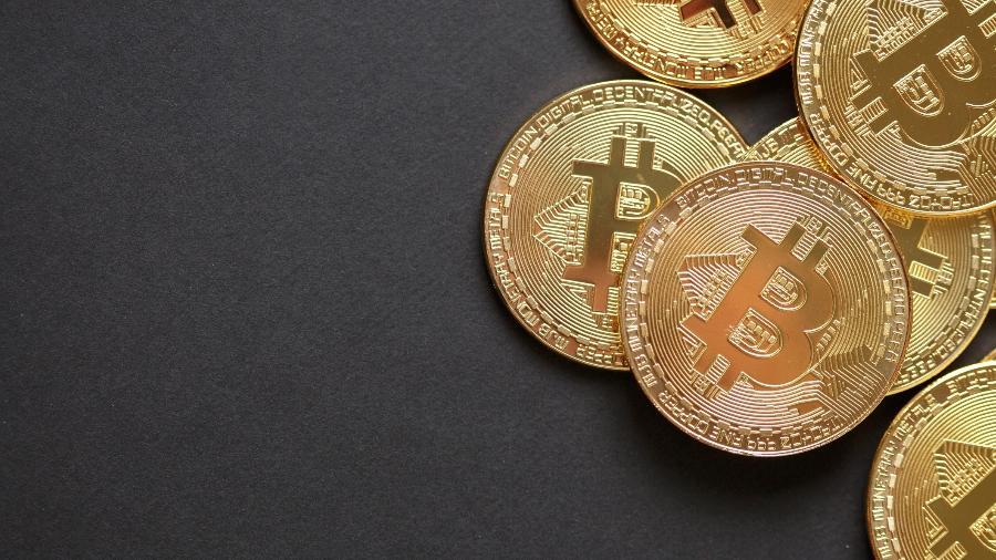 Bilionário aceita bitcoins em forma de pagamento - iStock