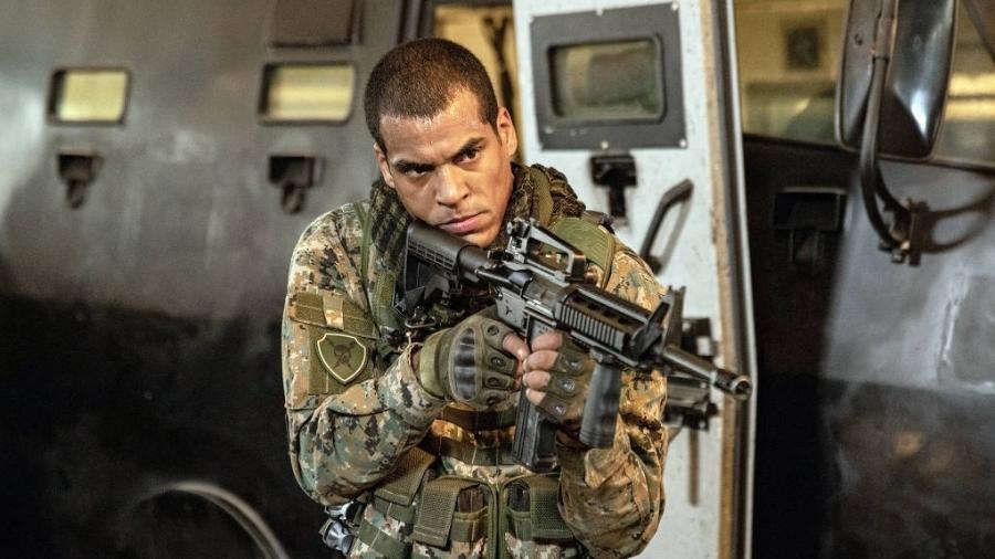 Marcello Melo Jr é Mikhael na série Arcanjo Renegado - Divulgação / Globoplay