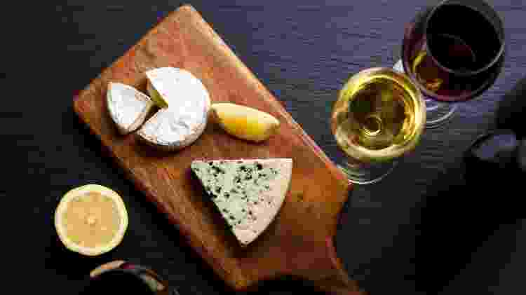 Temperatura dos queijos e do vinho também importam na hora de servir - Getty Images/iStockphotos - Getty Images/iStockphotos