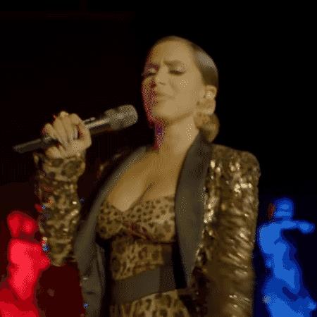 Brasileira foi a atração musical do programa - Reprodução/YouTube