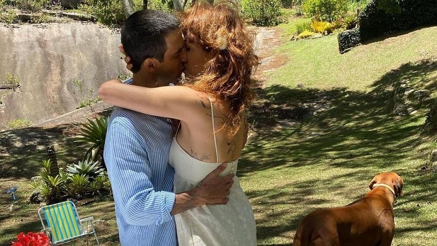 Poliana Abritta revela clique de casamento durante a pandemia - Reprodução/Instagram