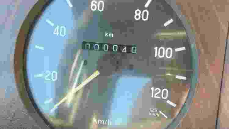 Hodômetro do Mercedes-Benz 1618 guardado desde 1990 marca apenas 40 km rodados - Arquivo pessoal - Arquivo pessoal