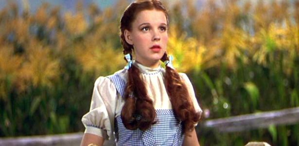Dorothy foi interpretada por Judy Garland no filme de 1939 - Reprodução/still