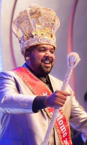 18.dez.2015 - Ricardo Cardoso de Lima, empresário, 35 anos, é eleito Rei Momo do Carnaval de São Paulo