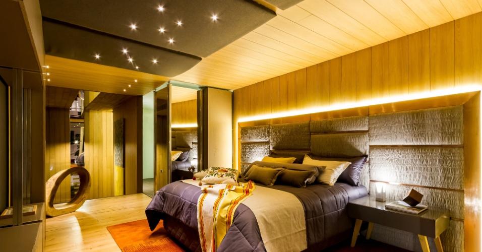 O dormitório do casal inspirado por Lisssy Moreno para criar o ambiente Oré Putujú Sabe, dentro da Casa Cor Bolívia, conta com cores quentes dexando o espaço mais aconchegante