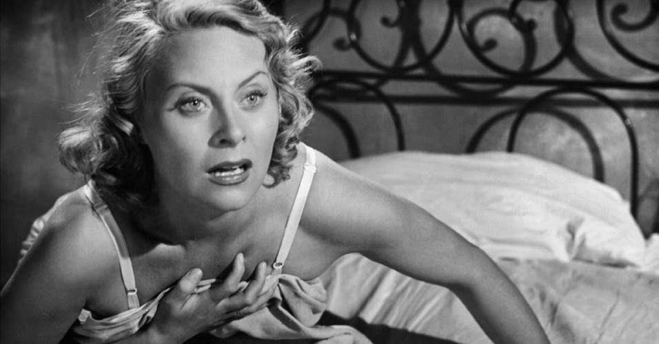 "Michèle Morgan em cena de ""The Proud and the Beautiful"" (1953)"